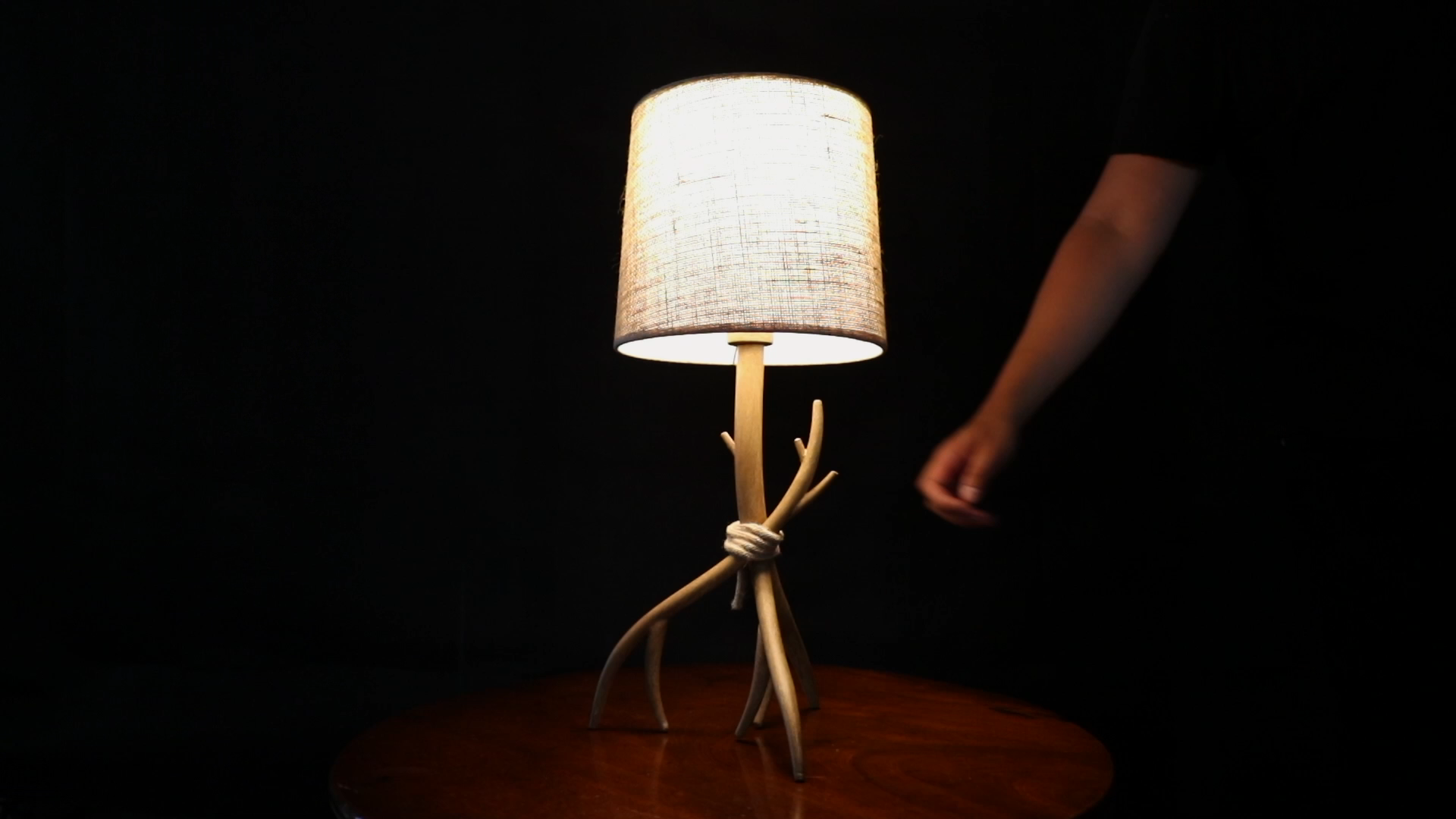 Battery Powered TablePoint enabled Lamp- CORE Lighting
